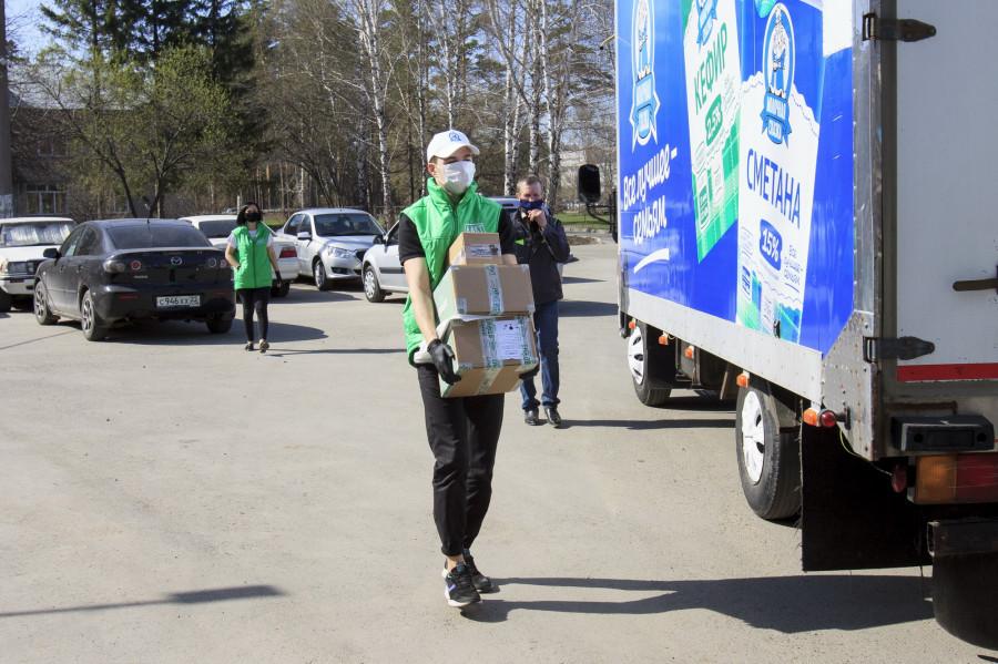 Алтайские «пищевики» помогают медработникам