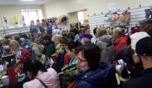 Давка в магазине нижнего белья во время режима самоизоляции. Рубцовск.