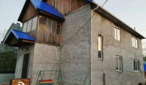 Продается коттедж в поселке Октябрьском.