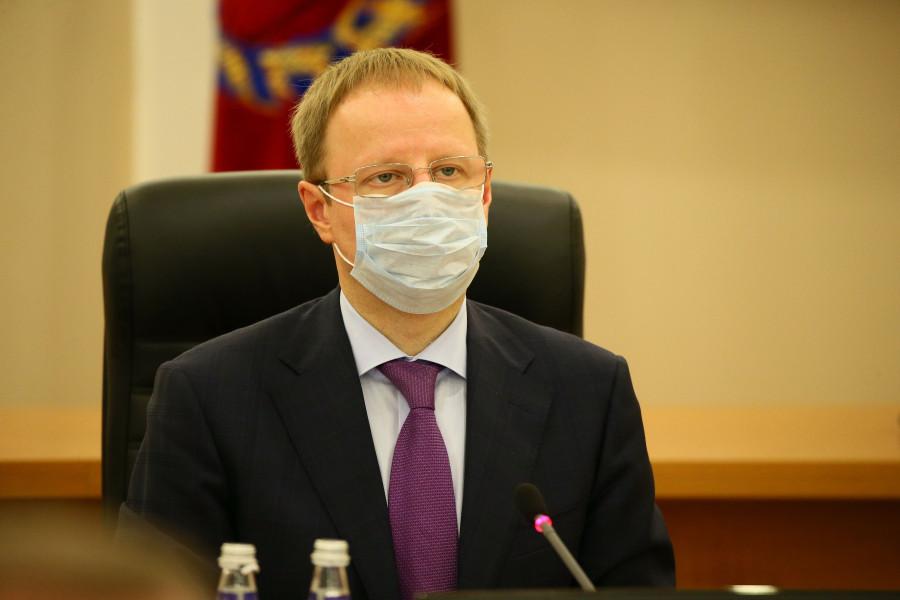 Губернатор Виктор Томенко