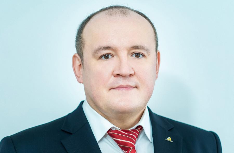 Сергей Карлов.