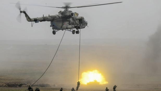 Вертолет Минобороны РФ.