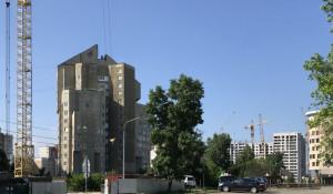 Строящийся микрорайон в центре Барнаула.