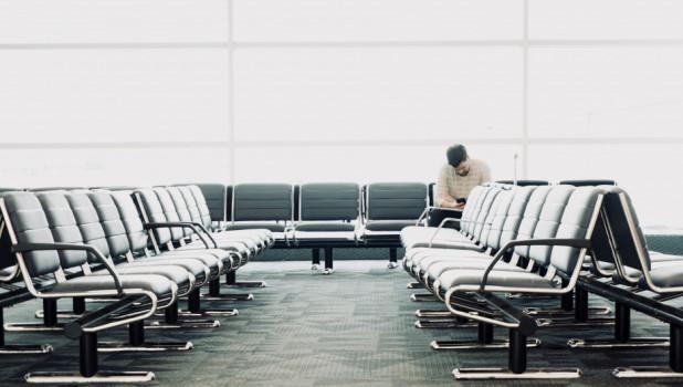 В аэропорту. Ожидание.