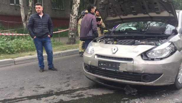 Авария с участием трех автомобилей на пересечении проспекта Комсомольского и улицы Интернациональной.