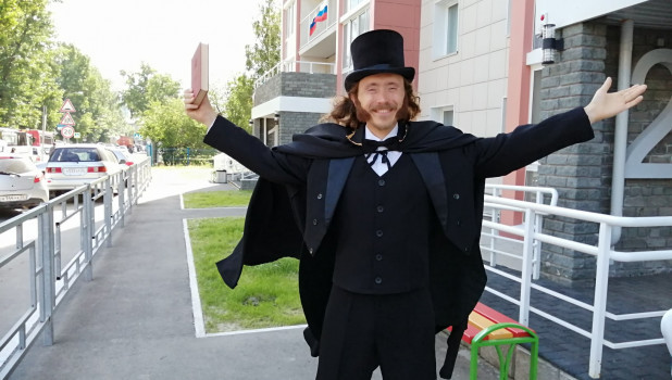 Актер Михаил Лямин в образе Пушкина