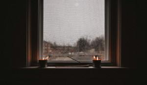 Дождь, окно. Одиночество.