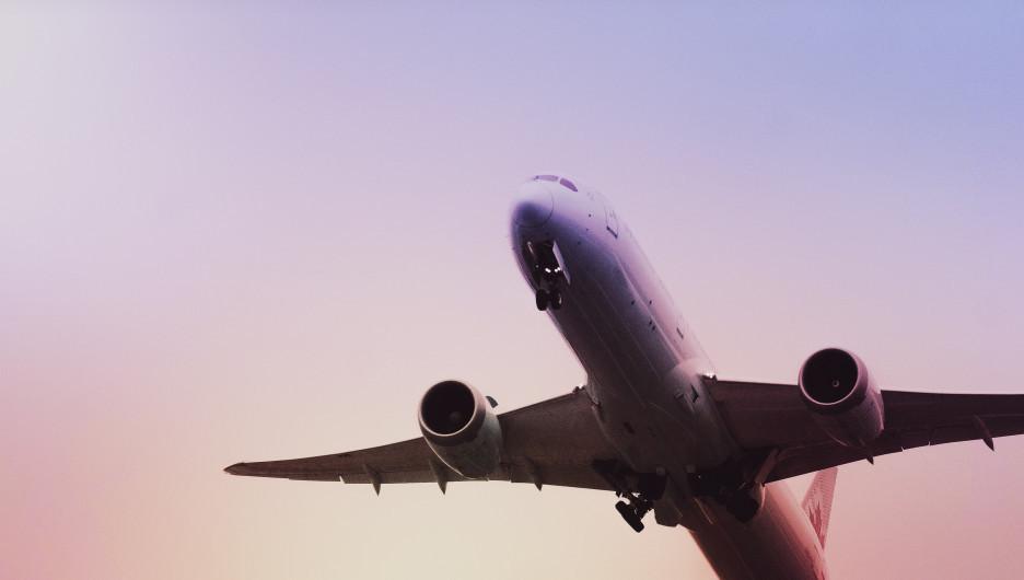 Самолет. Авиасообщение.