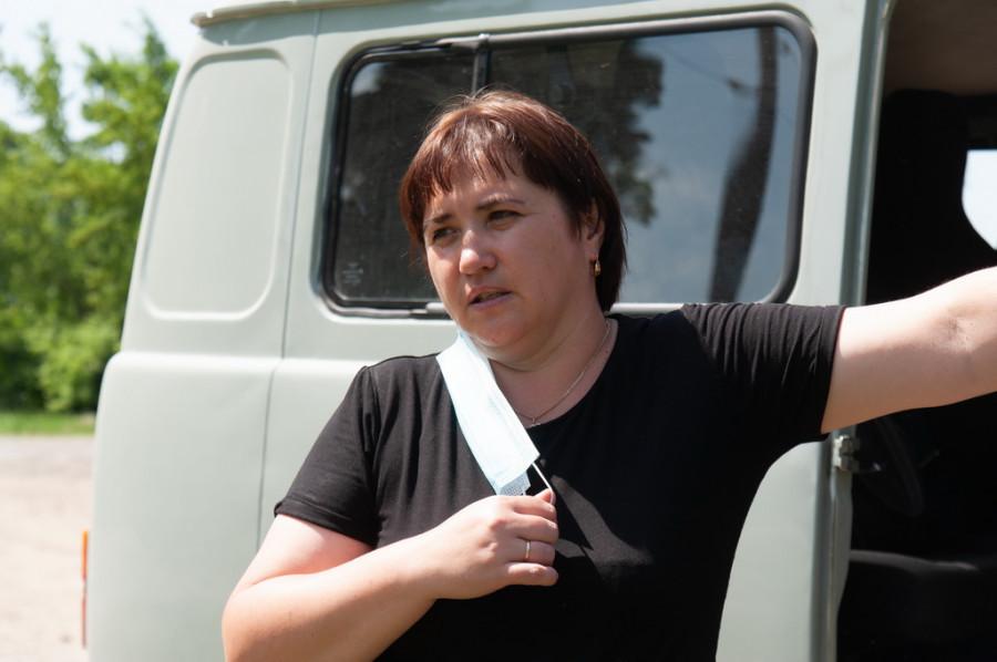 Представители администрации в селе Покровка
