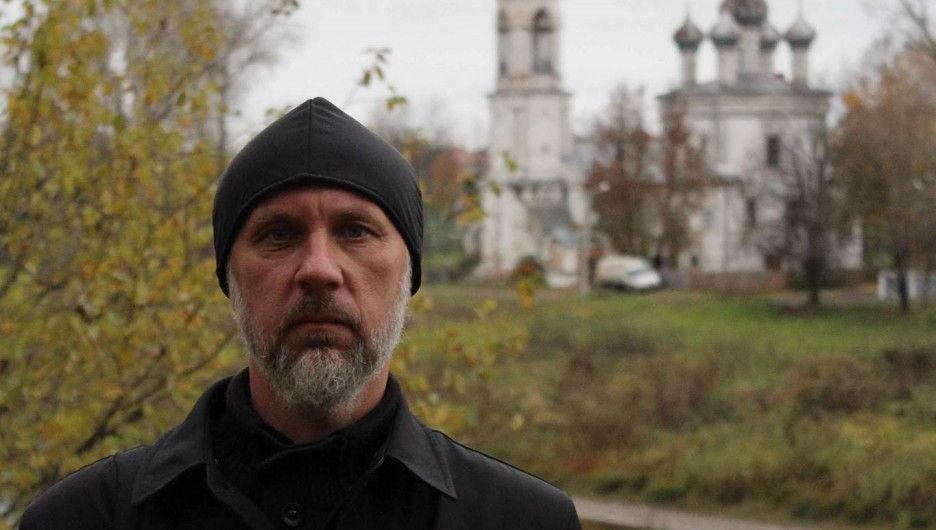 Иоанн Курмояров, новосибирский иеромонах, отстраненный от служения из-за критики.