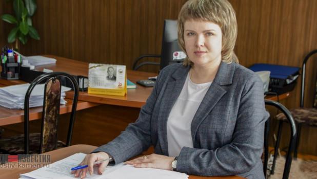Каменские депутаты не стали сопротивляться и вновь продлили полномочия главы района