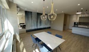В Барнауле продают дорогую квартиру с премиальным ремонтом