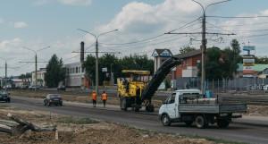 Работы по реконструкции дорожного полотна по ул. Попова.
