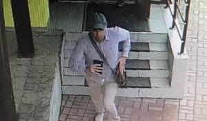 Подозреваемый в краже кошелька. 3 июля 2020 года, бизнес-центр в Новосибирске.