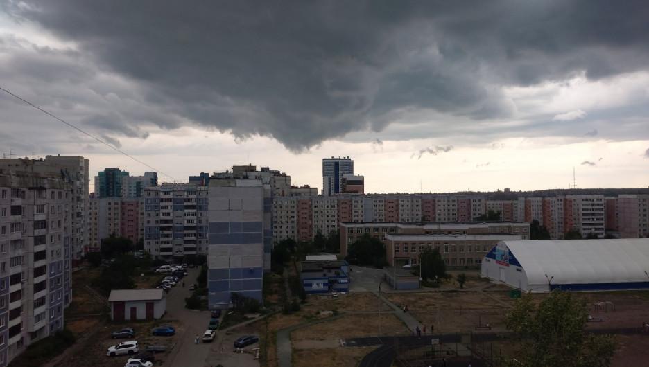 Шторм в Барнауле 9 июля 2020 года.