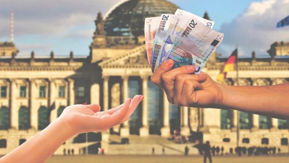 Деньги. Миллионеры.