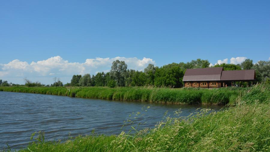 Земляные пруды в п. Радужный, Советский район.