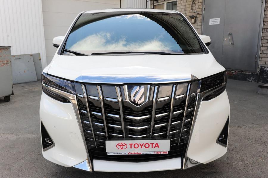 Десятка самых дорогих подержанных автомобилей в Барнауле в июле 2020 года. Toyota Alphard
