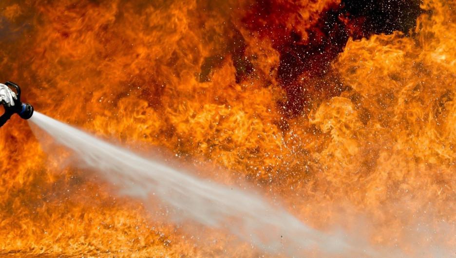 18 человек пострадали при пожаре в столичной гостинице