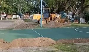 Реконструкция спортивной площадки.