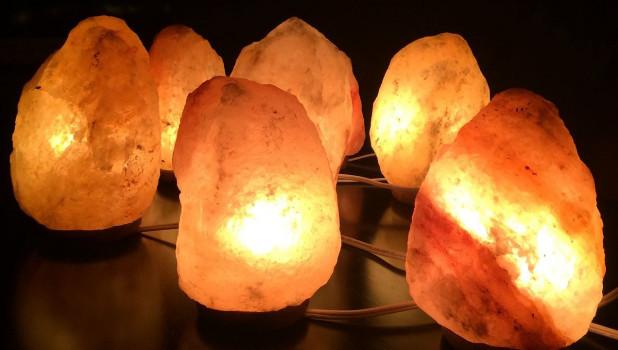 Лампы из гималайской соли.