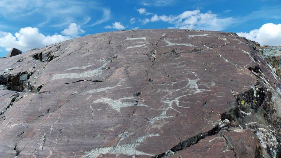 Петроглифы долины Елангаш в Кош-Агачском районе Республики Алтай.