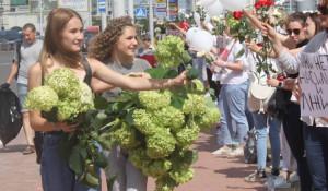 Протестующие из Беларуси.