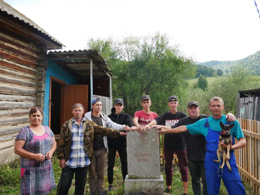 В селе Машенка.