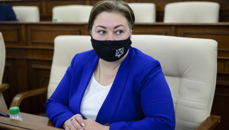 """Алтайский депутат пожаловалась на """"неспортивное поведение"""" министра спорта"""