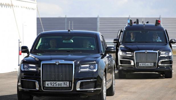 За рулем «Ауруса» Владимир Путин проехал по новому участку автодороги «Таврида».