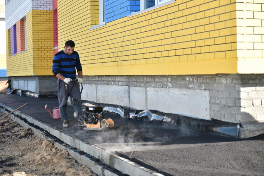 Сергей Демин провел выездное совещание на месте строительства детского сада № 274 (октябрь 2019 года).