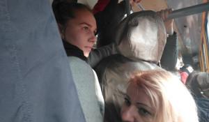 В общественном транспорте Барнаула на День города.
