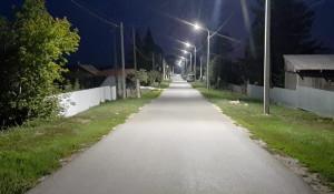 Тротуар и освещение сделали в пригороде Барнаула.