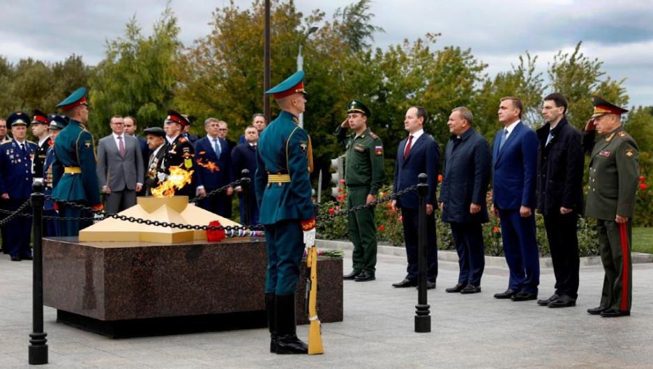 Церемония открытия мемориала энергетикам-героям