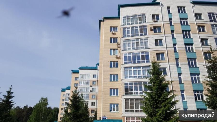 Дом на Змеиногорском тракте, где продается 4-комнатная квартира.