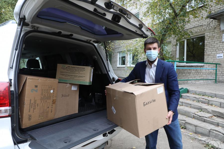 Алтай-Кокс и благотворительный фонд «Милосердие» поддерживают Центральную городскую больницу Заринска.