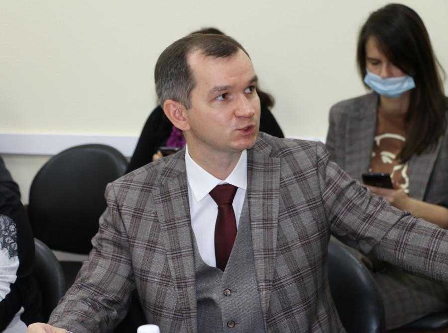 Евгений Зрюмов.