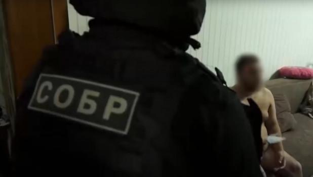 В Алтайском крае полицейские перекрыли крупный канал легализации угнанных автомобилей.
