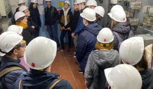 Одиннадцатиклассники посетили подстанцию «Юго-Западная» компании Россети Сибирь