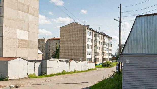 Дом на ул. Советской Армии, 133А в Барнауле.