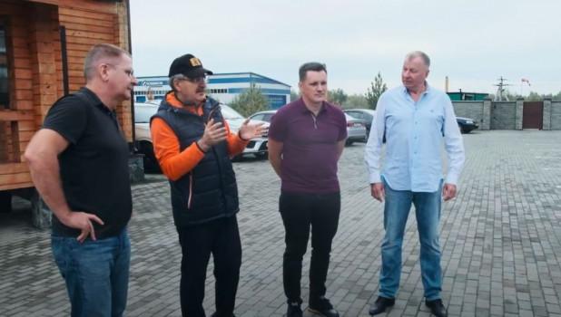Барнаульские предприниматели устроили гонки.