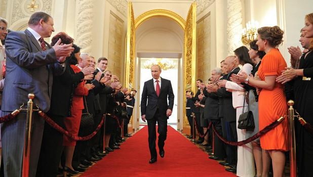 Снизился уровень доверия Путину