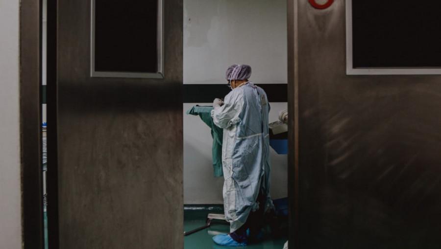 Врач в больнице. Медицина.