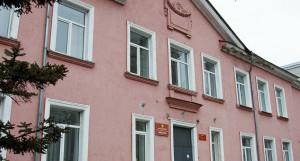 Единственная в Барнауле очно-заочная школа.