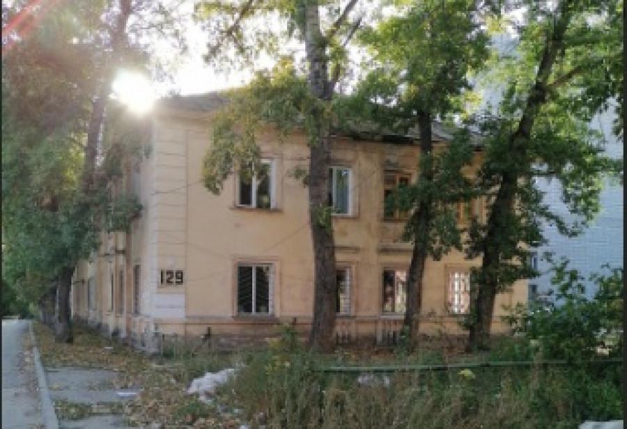 Аварийный дом на пр. Ленина, 129 к. 1.