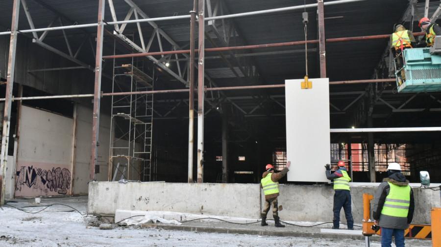Работы по возведению ковидного госпиталя в Барнауле.