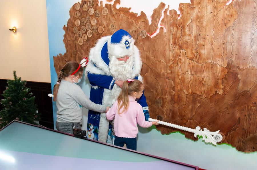 Открытие Алтайской резиденции Деда Мороза.