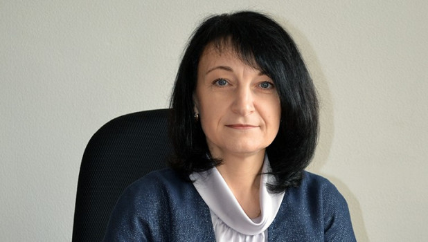 Женщина с филологическим образованием заняла оскандалившееся кресло главы Славгорода