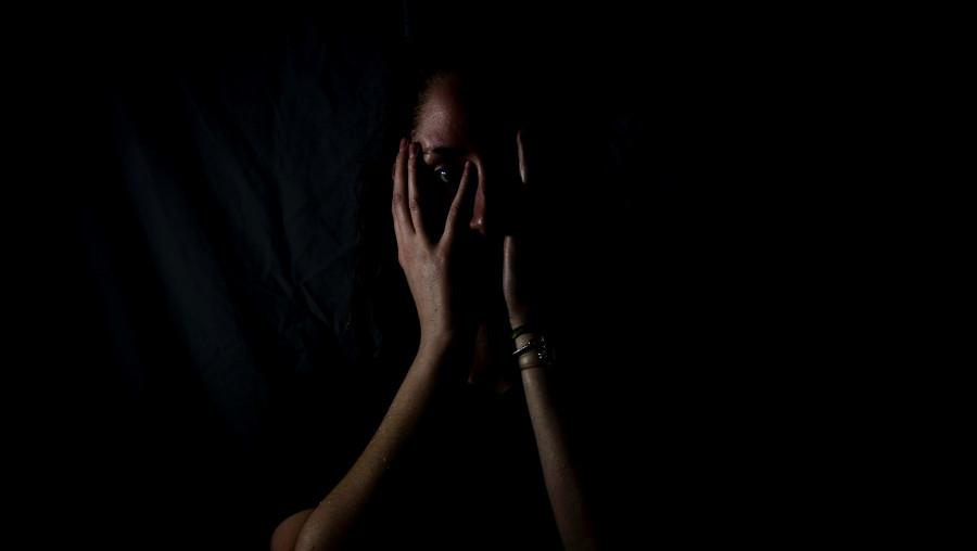 Насилие над женщиной.