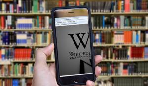 Википедия опубликовала рейтинг популярности действующих глав субъектов РФ.